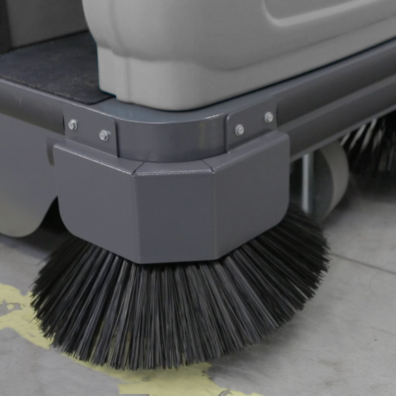 MACH2 rideon sweeper with lateral steel reinforcement