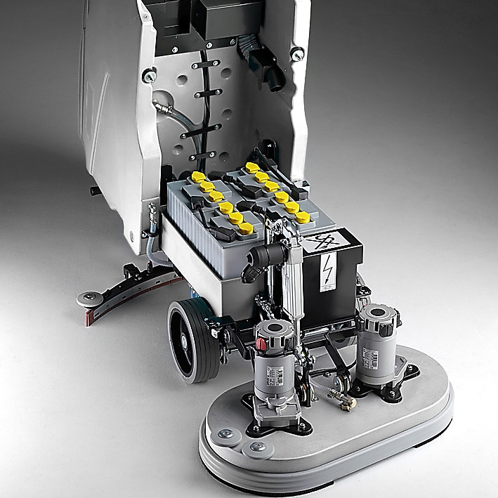 MACH M610 WALK BEHIND SCRUBBER WITH ROBUST STRUCTURE, SANDBLASTED AND ELECTRO COATED FOR ENHANCED RESISTANCE