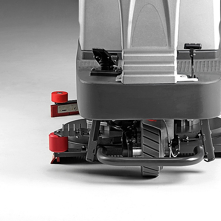 M830 RIDE-ON SCRUBBER REINFORCED FOR TOUGH ENVIRONMENTS